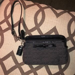 Coach wristlet- excellent used condition